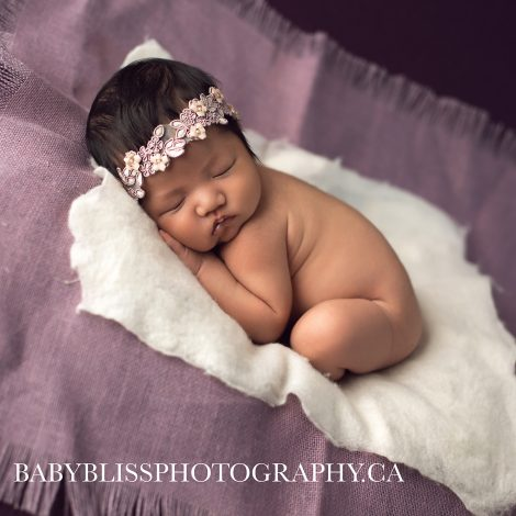 Salmon Arm Newborn Photographer | Baby Bliss Photography | www.babyblissphotography.ca