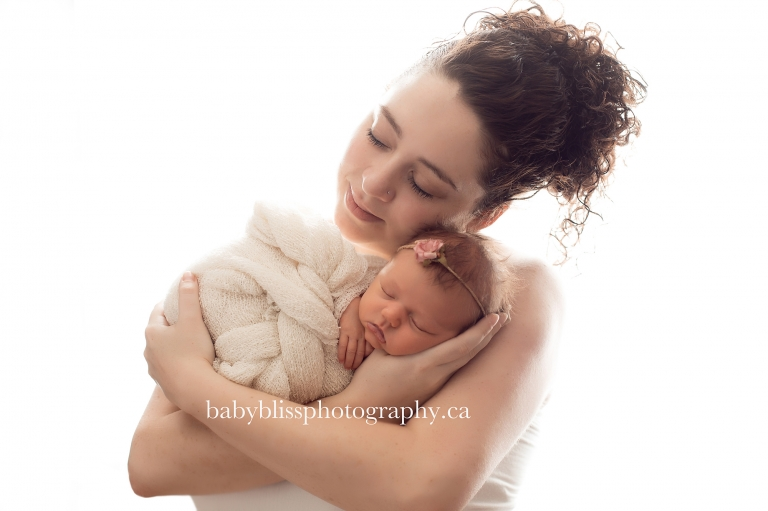 newborn portrait with mom