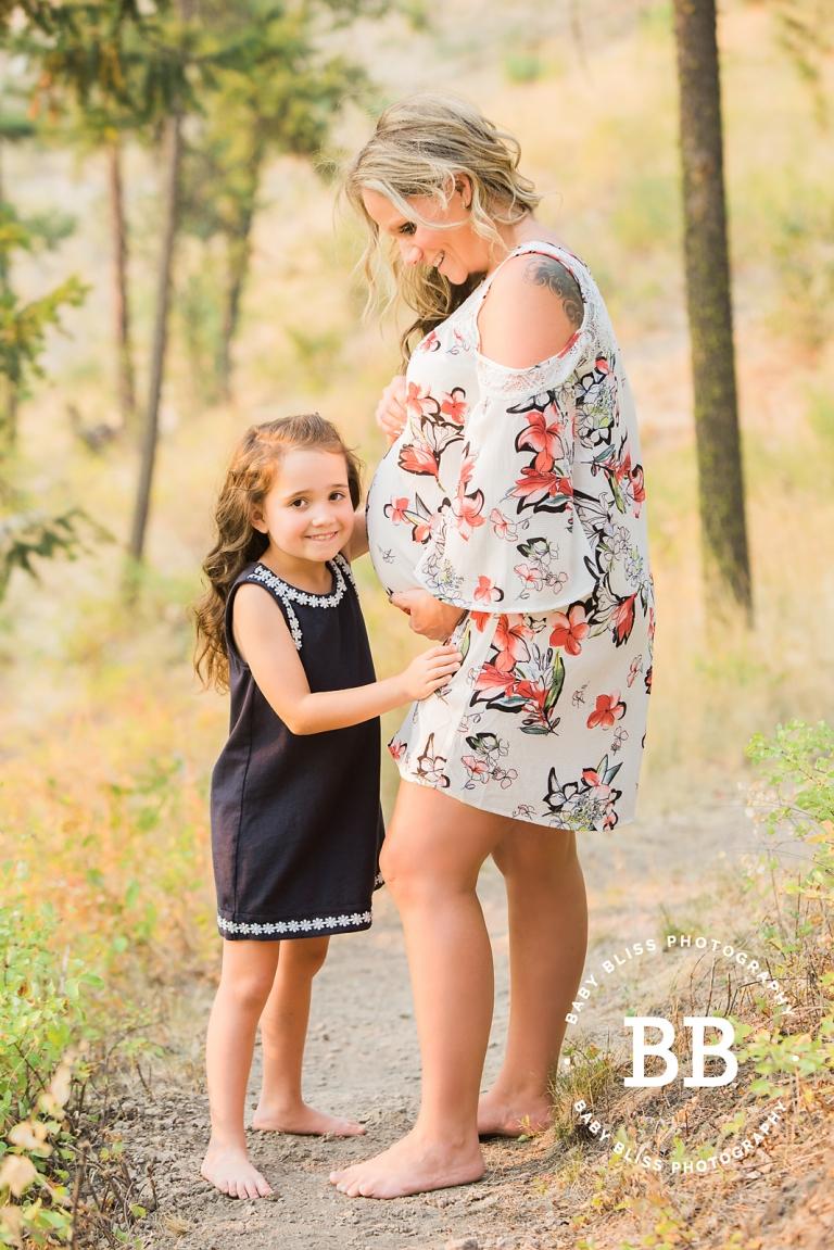 Kelowna Photographer, Baby Bliss Photography & Amber's Maternity Portraits